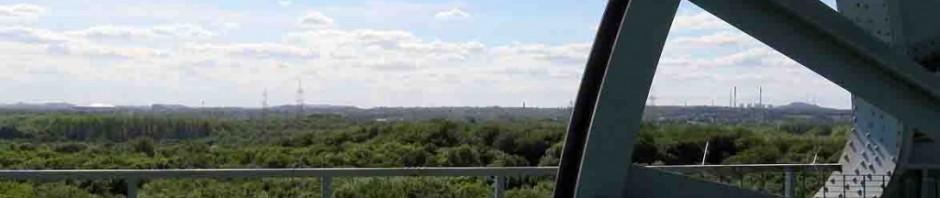 Toller Ausblick: Nach dem anstrengenden Aufstieg auf den Doppelbockförderturm erwartet die Teilnehmer dieser tolle Blick über das Vest. Foto: Besucherzentrum Hoheward / Hertener Stadtwerke
