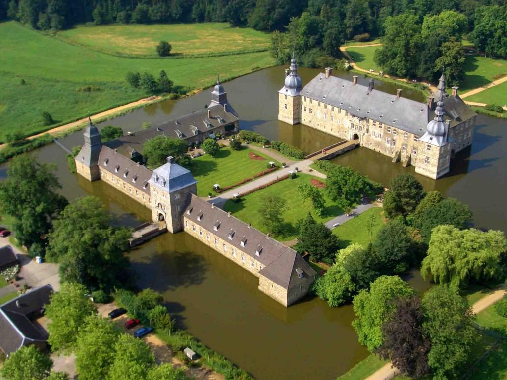 """Auch das Museums Schloss Lembeck in Dorsten macht bei der Herbstferienaktion """"Schätze suchen an Emscher und Lippe"""". Foto: Schloss Lembeck"""