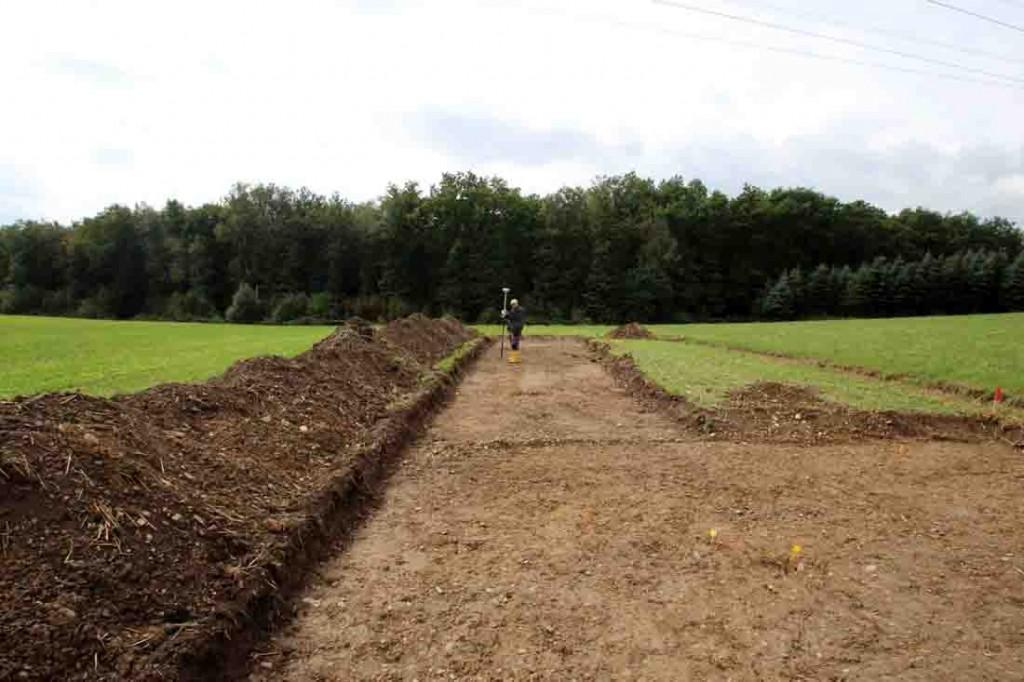 Die Suchschnitte, die im September auf der Fundstelle in Netphen angelegt wurden, haben keinerlei Hinweise auf eine feste Ansiedlung erbracht. Dies unterstreicht, dass die Menschen sich hier vor 6500 Jahren wohl nur kurzzeitig aufgehalten hatten. Foto: LWL/M. Zeiler