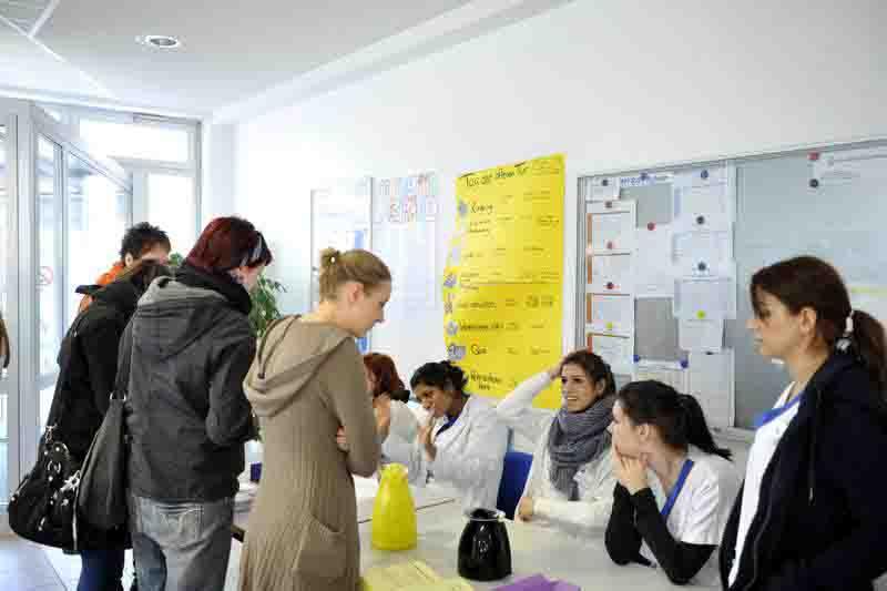 Gesundheitsberufe stellen sich vor Bildungsakademie UK Essen