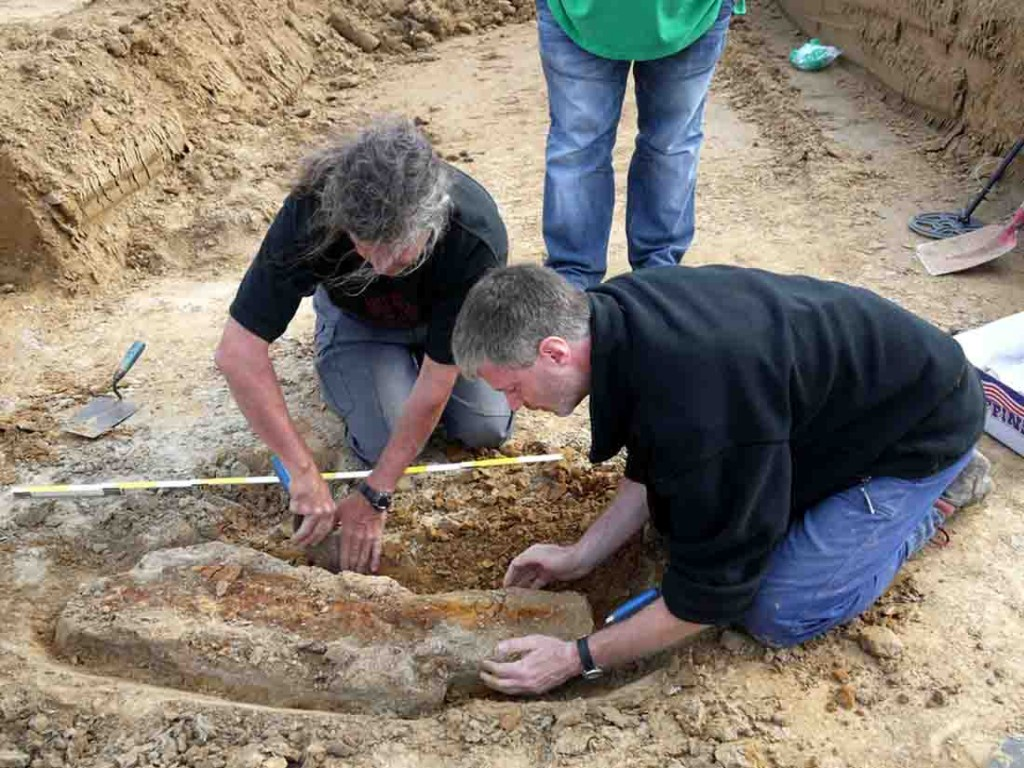 Die Bergung des Fundes in Bergkamen. Foto: LWL