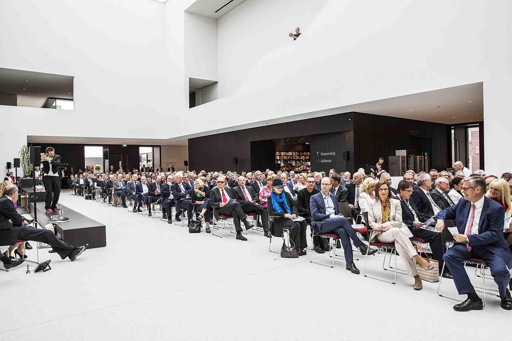 Der Festakt im Foyer des neuen Museums. Foto: LWL